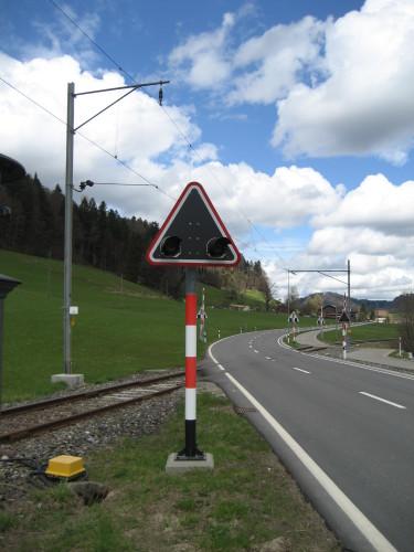 Wechselblinker am bereits gesicherten Bahnübergang Baumastrasse, © DVZO, Lukas Trüb