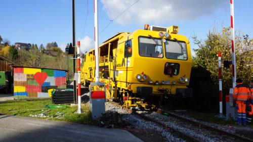 Die Stopfmaschine bei der Arbeit, © DVZO, Lukas Trüb