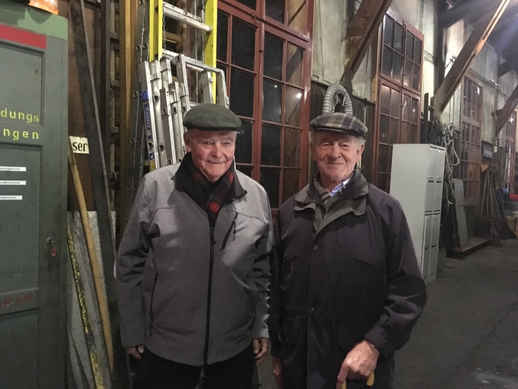 Erwin Keller und Erwin Bergmann in der Lokremise Bauma