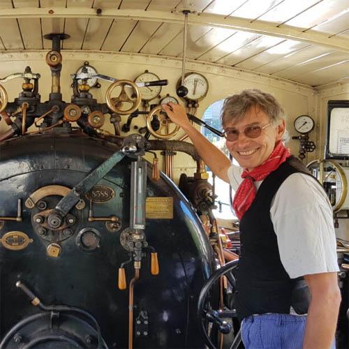 Führerstand einer Dampflokomotive