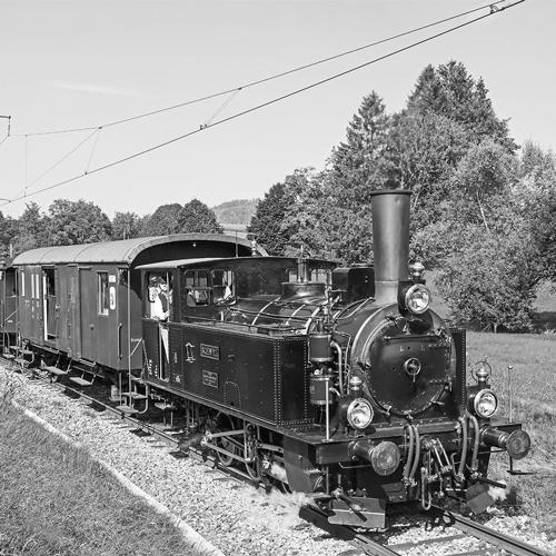 DVZO Lok 4, Schwyz, auf Strecke