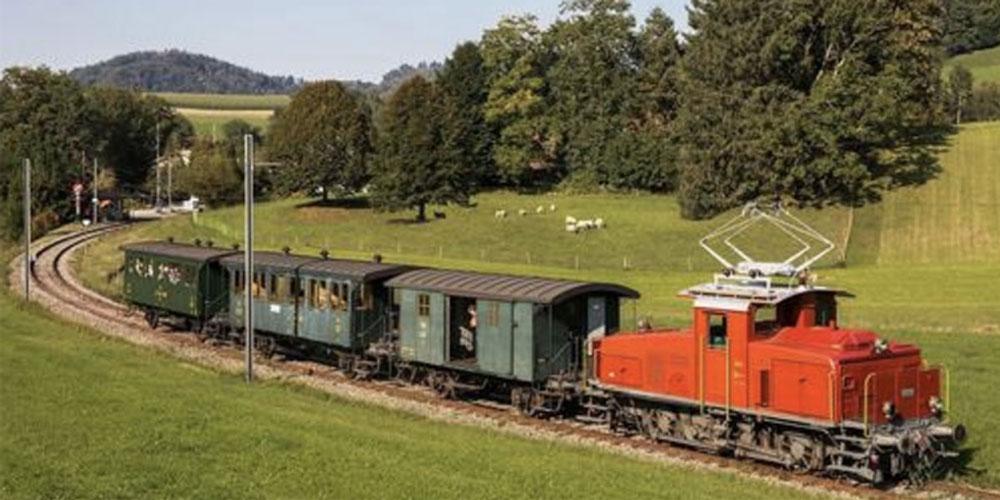 Historischer DVZO Eisenbahnzug